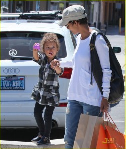 Halle Berry takes adorable Nalha shopping at 98% Angel store in Malibu, CA.